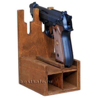 Деревянный ложемент на 2 пистолета и обоймы