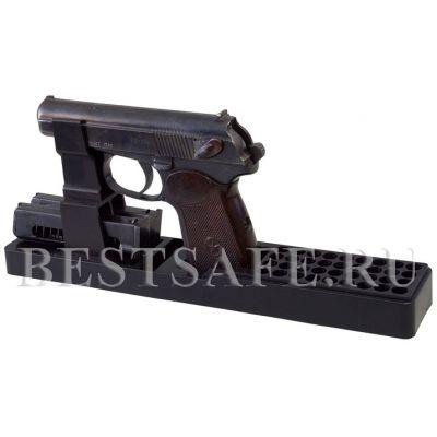 Ложемент пластиковый под пистолет Макарова и аналоги с возможностью хранения двух обойм и 36 патронов.